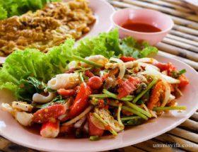 Tips Menikmati Makanan Enak (Freepik)
