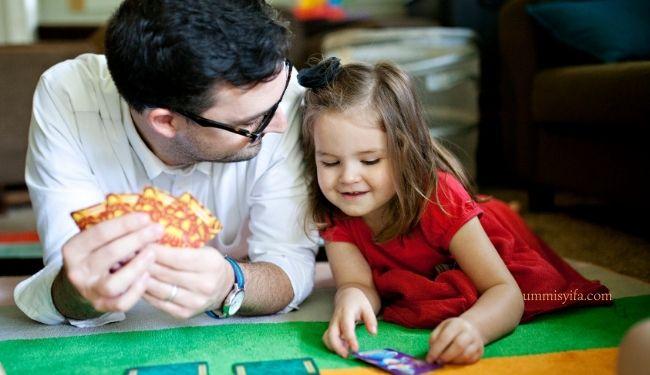 Tips Pengasuhan Anak Penuh Kasih Sayang