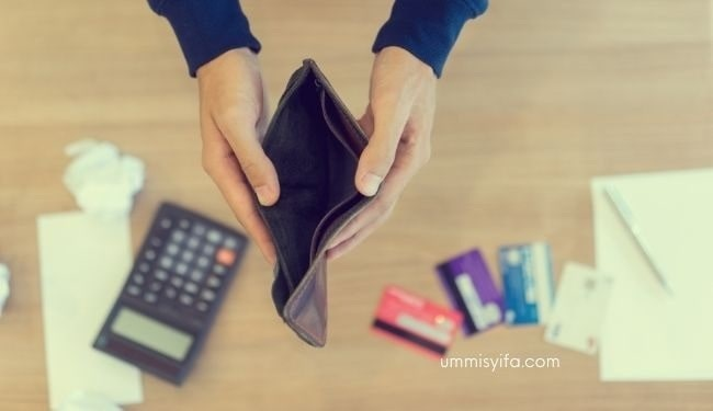 Atur Keuangan Saat Berhutang