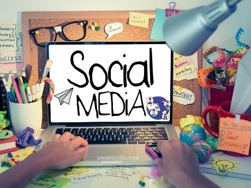 Bermedia Sosial