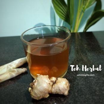 Minuman Teh Herbal